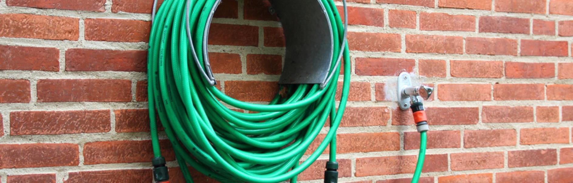 Collegare il rubinetto dellacqua esterno
