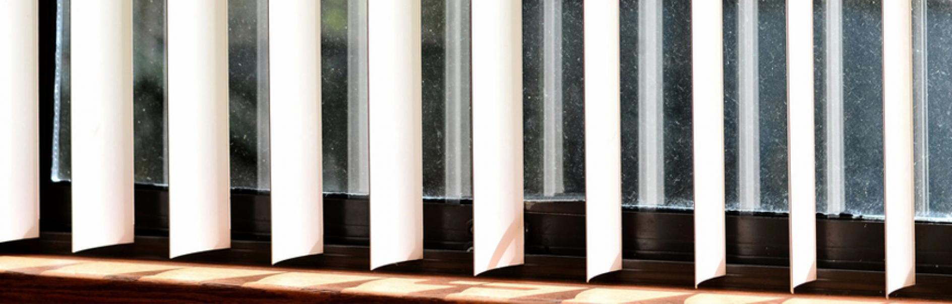 Tende Per Soffitti Inclinati installazione di tende verticali