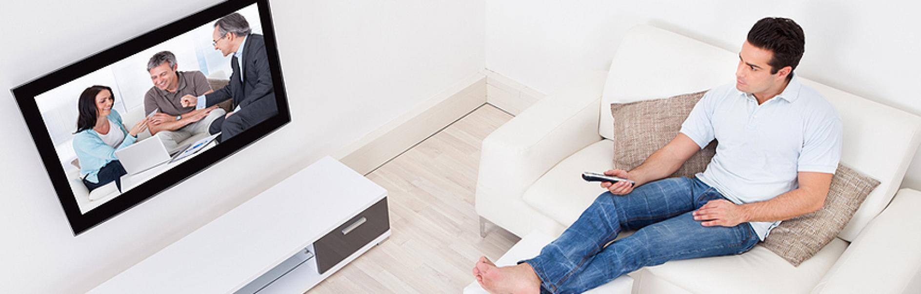 Appendere Tv Muro montaggio di un televisore a schermo piatto a parete